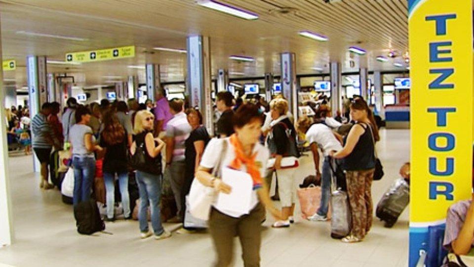 """AIRiminum: superati i 300 mila passeggeri anche nel 2018 dall'Aeroporto """"Federico Fellini"""" di Rimini"""