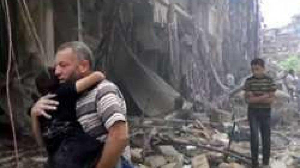 Siria: evacuate mille persone da Aleppo