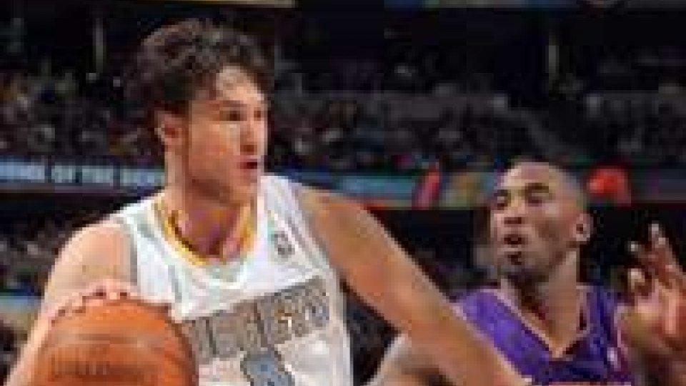 NBA, canta il Gallo e Denver si sveglia