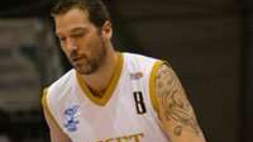 Basket: nuova sconfitta per Asset, per Agostini 16 puntiBasket: nuova sconfitta per Asset, play out ormai certi
