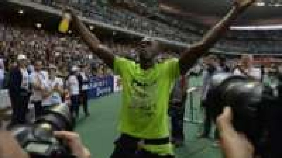 Diamond League: Bolt risponde a Gay.Bolt risponde a Gay: suoi i 200 a Parigi