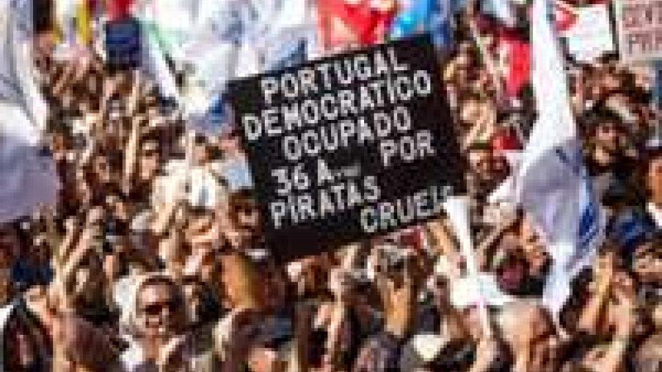 Sciopero generale in Portogallo contro i tagli