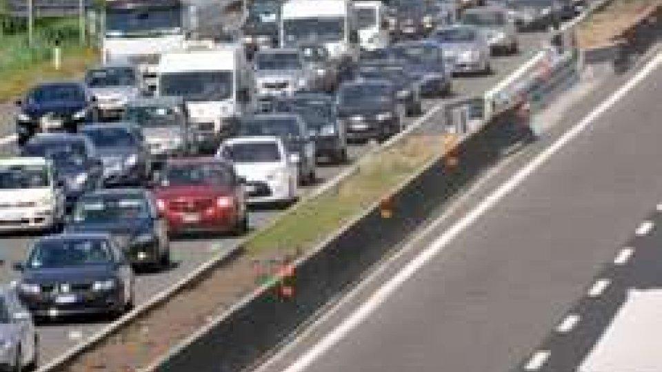 Emilia-Romagna, traffico intenso in A1 e A14