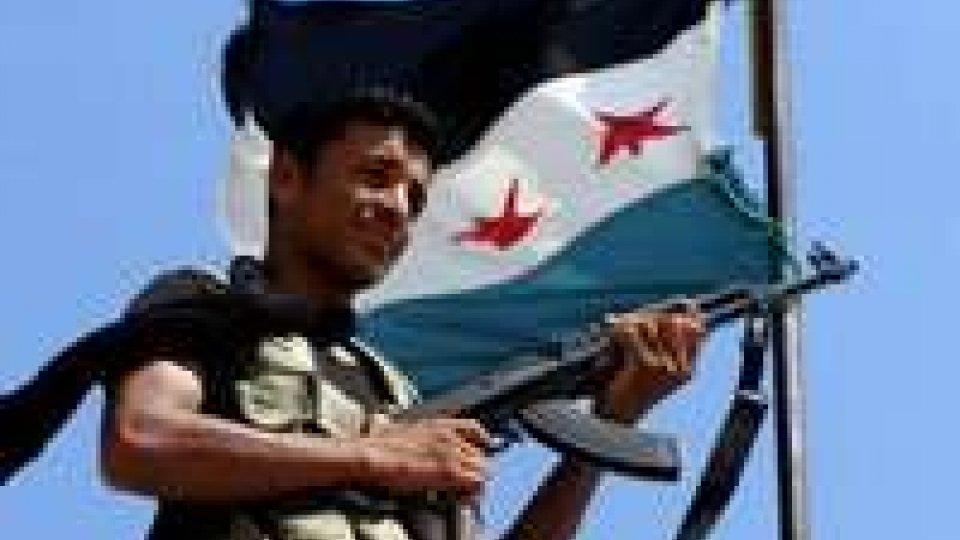 Siria: autobomba a Jamarana provoca almeno 44 morti