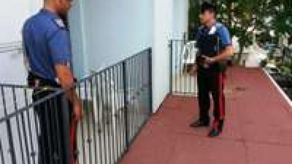 Abuso di alcol: uomo ubriaco cade dal balcone