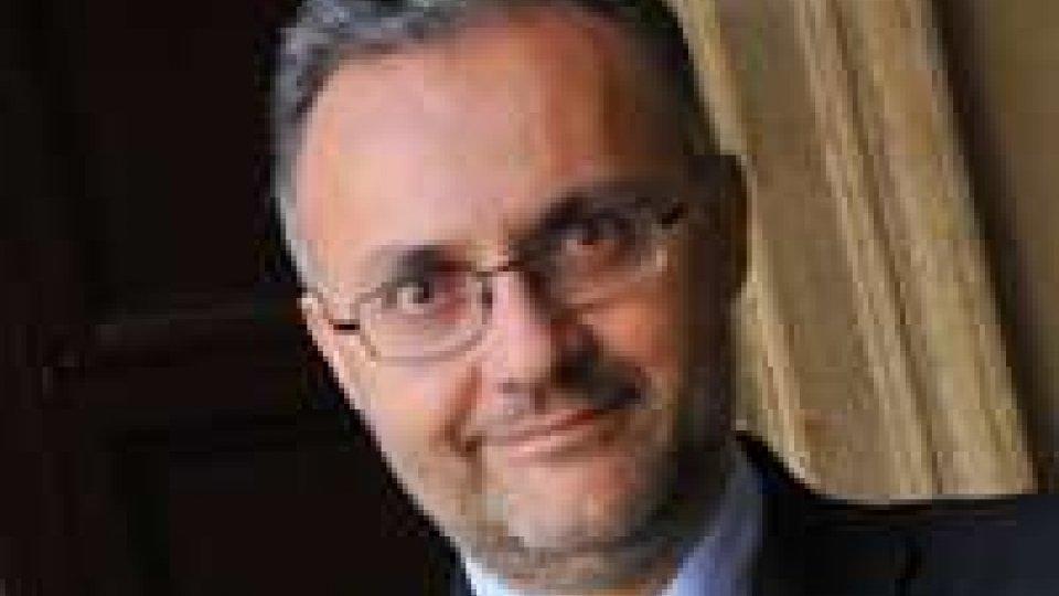 """Meeting, Ministro Mauro: """"Situazione Egitto critica, l'UE deve evitare una guerra civile""""."""