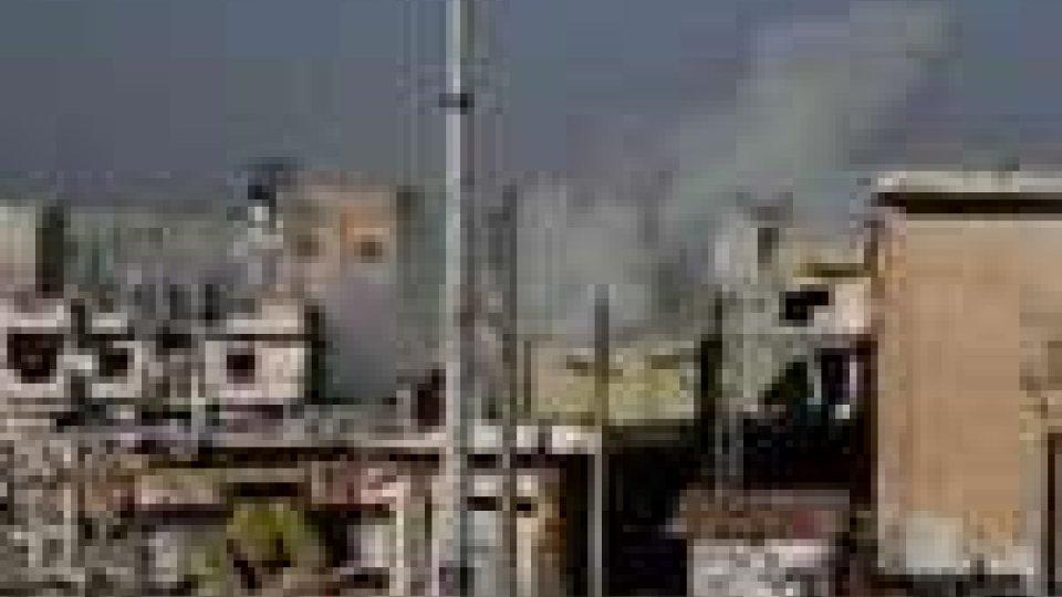 Siria: Damasco ha bloccato l'ingresso a Bab Amro