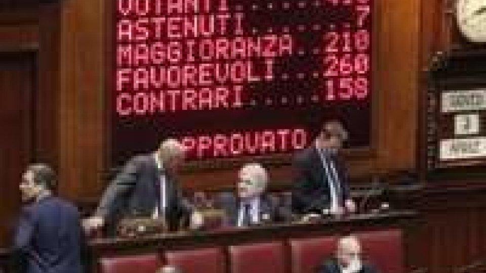 L'Italia dice addio alle province. Renzi: sulle riforme, avanti come un rullo