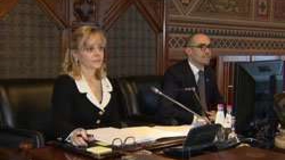 La ReggenzaConsiglio alle prese con Decreti Delegati