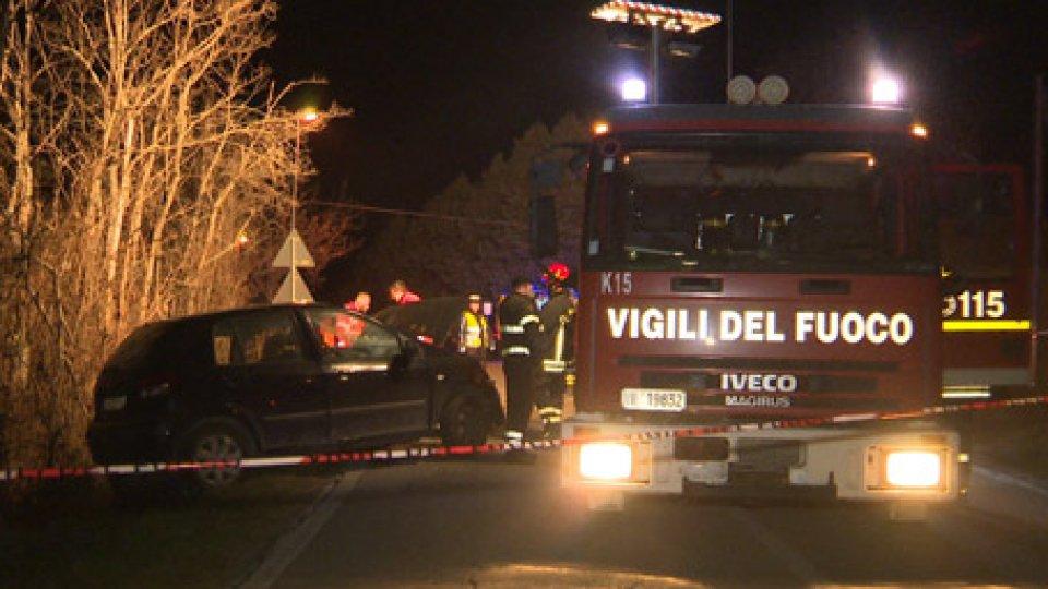 Incidente MulazzanoMulazzano, tragedia dopo la festa: un morto nel frontale