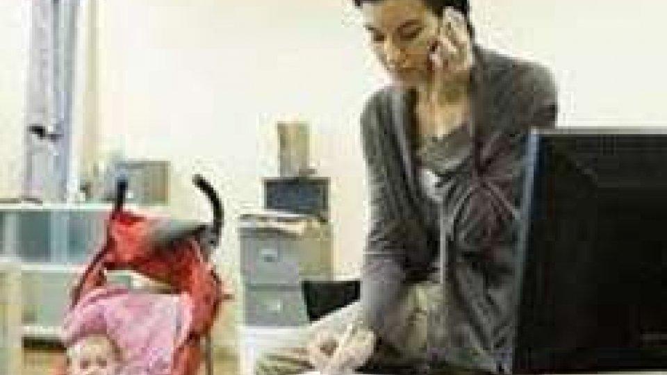 donne italiane al top lavoro a casa