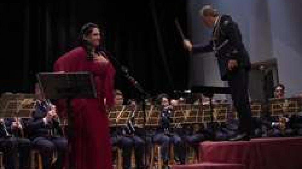 Teresa Sparaco e la Banda MilitareBanda Militare: omaggio al femminile nel tradizionale concerto in onore della Reggenza
