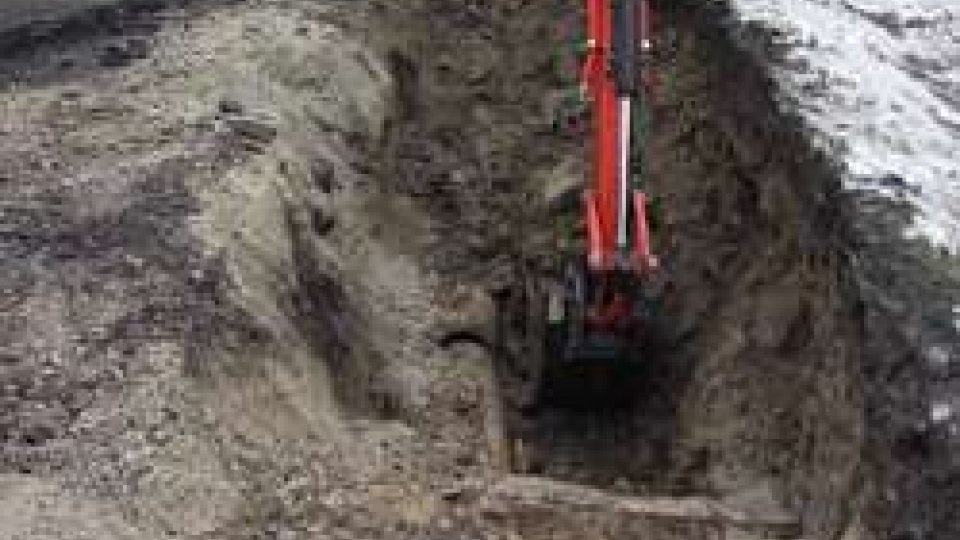 Protezione Civile -Aass: rottura tubazione gas in strada Sesta Gualdaria a Valdragone