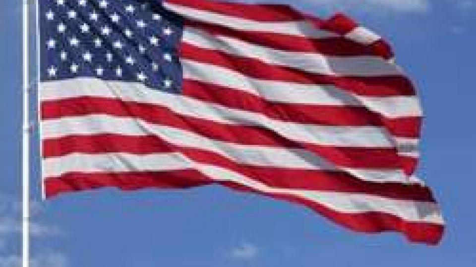 """14 giugno 1777 gli USA adottano la bandiera a """"stelle e strisce"""""""
