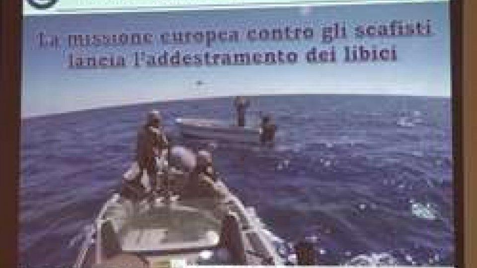 Operazione SophiaOperazione Sophia: la Marina addestrerà i libici per fermare gli scafisti