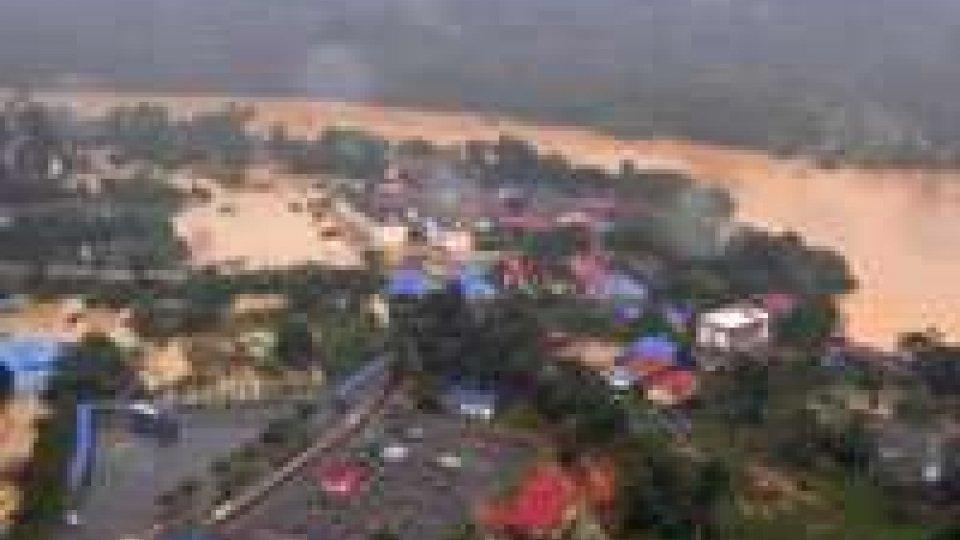 Malaysia: 100mila evacuati per inondazioni monsoniche