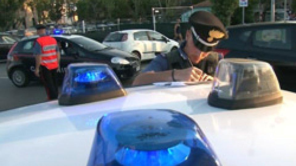Weekend di controlli per i Carabinieri di RiminiCalci e pugni ai vigili urbani dopo la multa, arrestato dai carabinieri