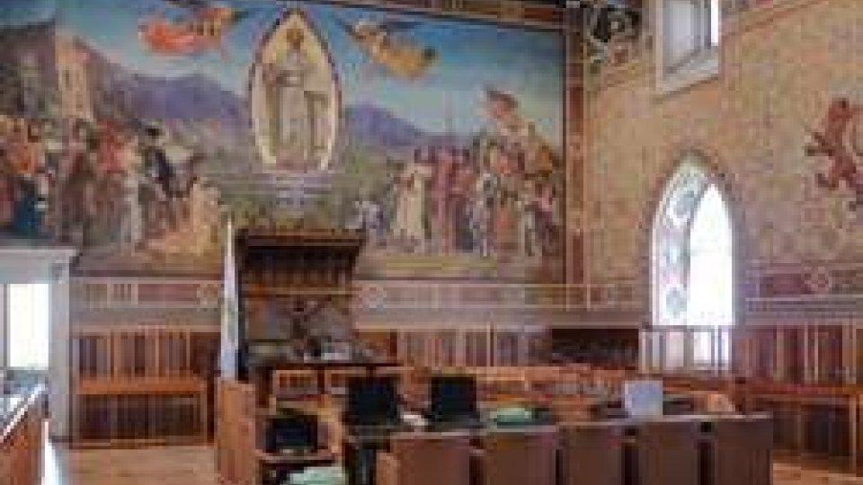 Sala ConsiglioConsiglio infuocato su temi etici come le istanze sull'ora di religione nelle scuole