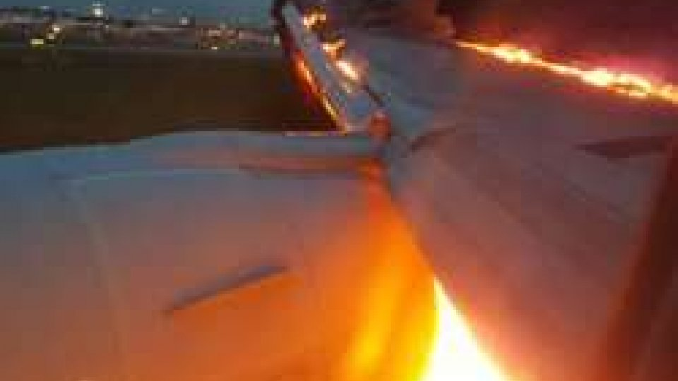 Aereo prende fuoco, paura sul volo Singapore- Milano