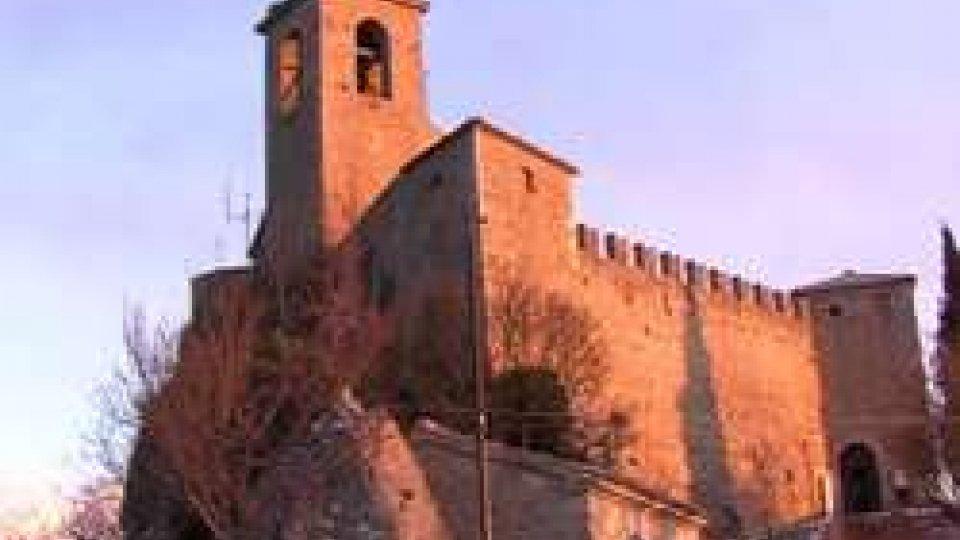 Prima Torre o GuaitaSan Marino, neve e tuoni: un fulmine colpisce e manda in tilt la Prima Torre