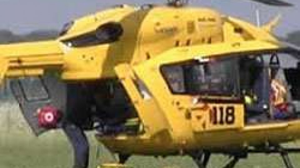 Ravenna: paracadutista sbaglia atterraggio, è grave