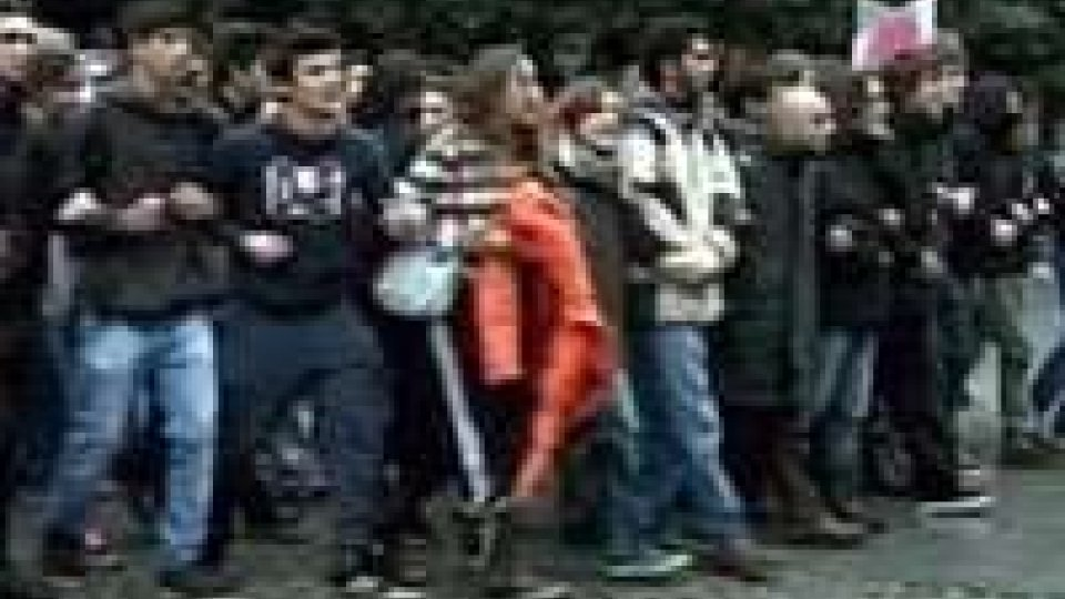 Sindacati Ue in piazza contro austerita', per lavoro
