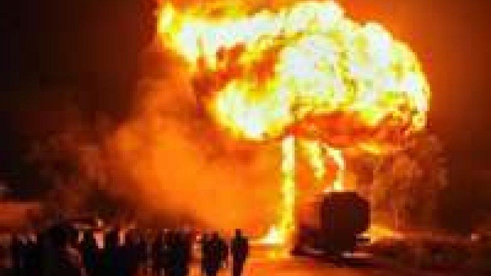 Pakistan: a fuoco 21 autobotti Nato in due giorni