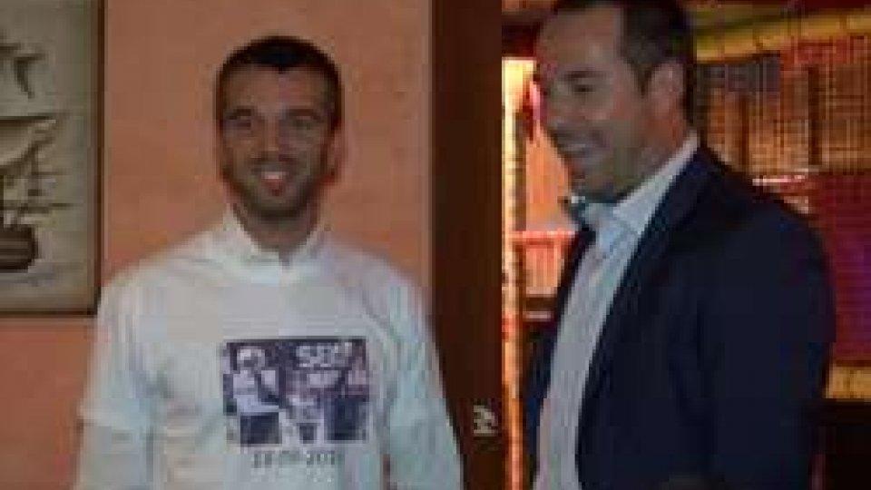 Alex De Angelis con il Segretario LonferniniFesta a sorpresa per Alex De Angelis