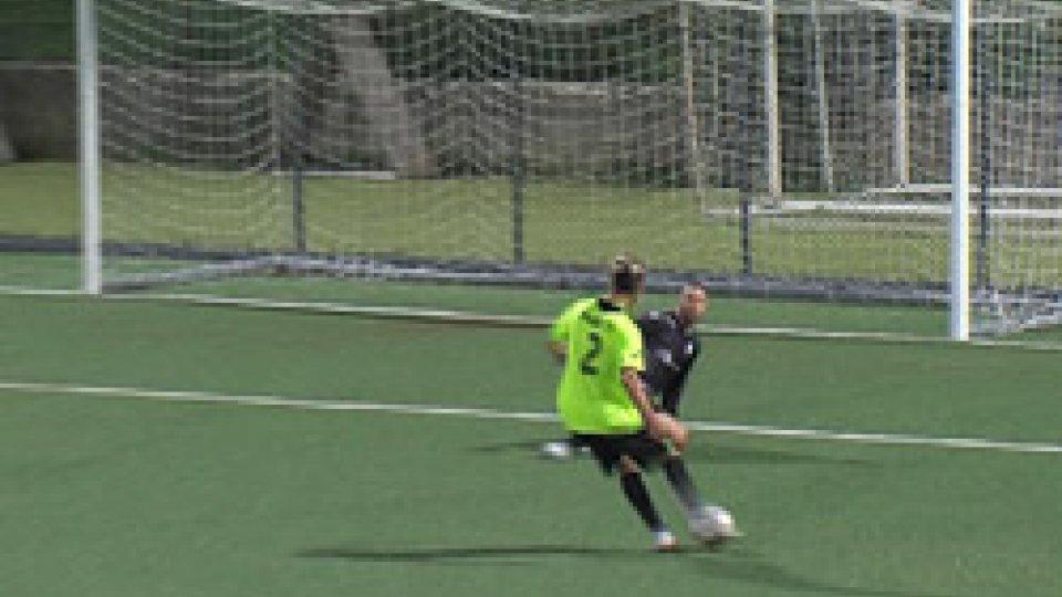 Il gol di Nicolò MariottiIl Pennarossa batteil Murata e mantiene il primato in classifica