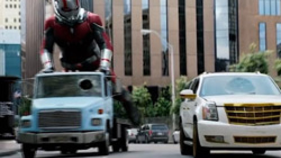 ANT-MAN and the WASPMARVEL in Borgo: ANT-uomo con WASP-donna all'arrembaggio!!!