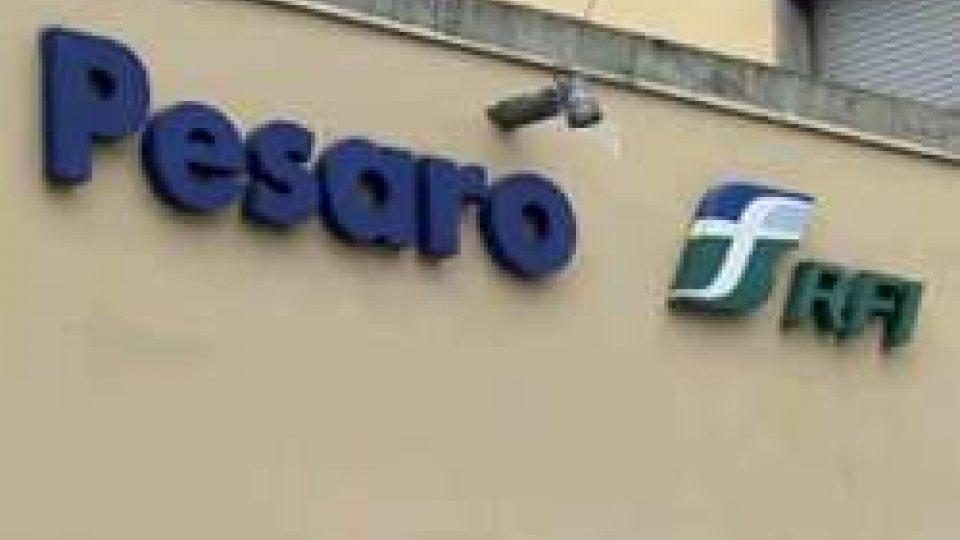 Pesaro: annullata la fermata del Frecciarossa nella tratta Milano-AnconaPesaro: annullata la fermata del Frecciarossa nella tratta Milano-Anco