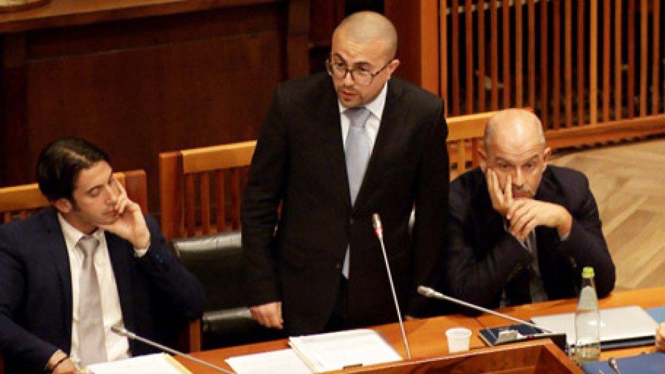 L'annuncio del Segretario Simone CelliCelli si dimette: in video il momento dell'annuncio in Commissione
