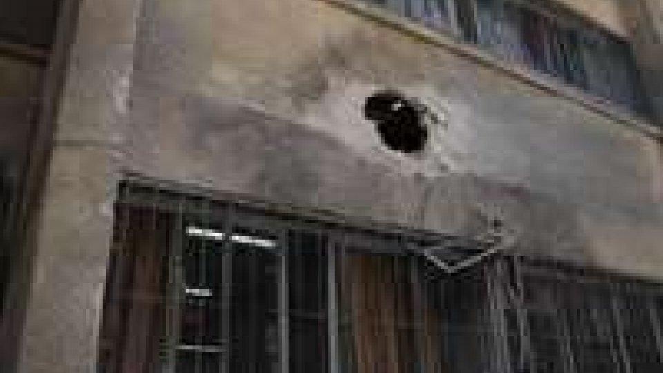 Siria: attivisti regime bombardano Damasco