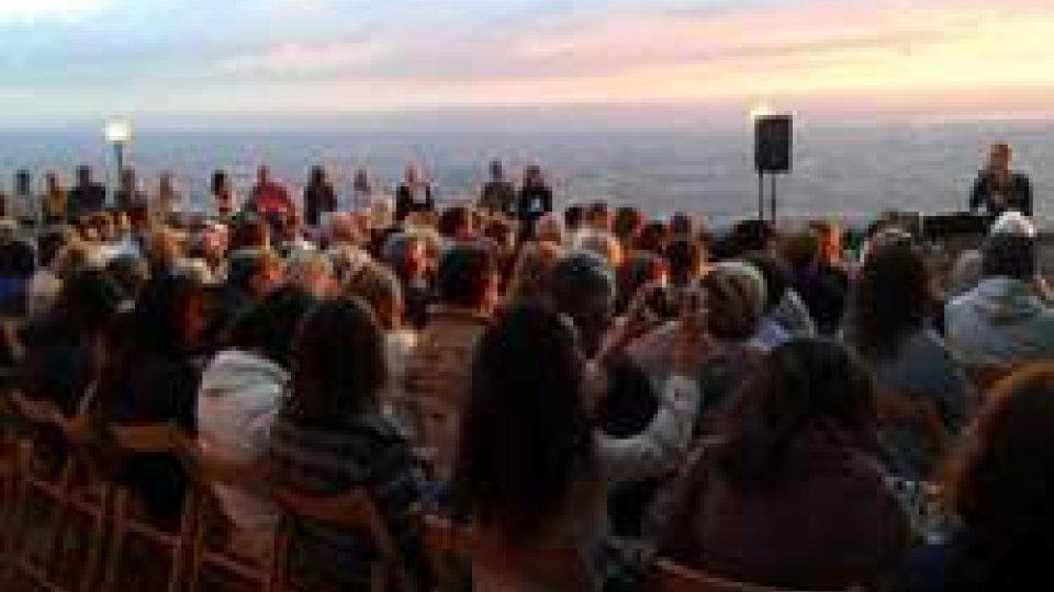 Alba sul monte in concerto… anche se piove