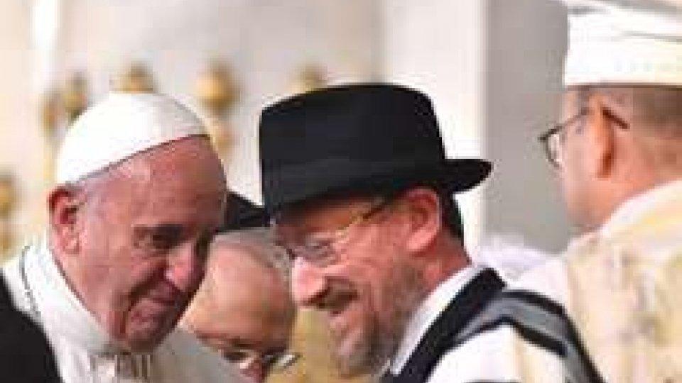 """Il Papa in Sinagoga: """"Ebrei, nostri fratelli e nostre sorelle maggiori nella fede"""""""