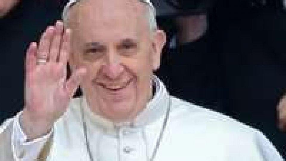Papa: dopo un mese pontificato ha fiducia di 4 italiani su 5