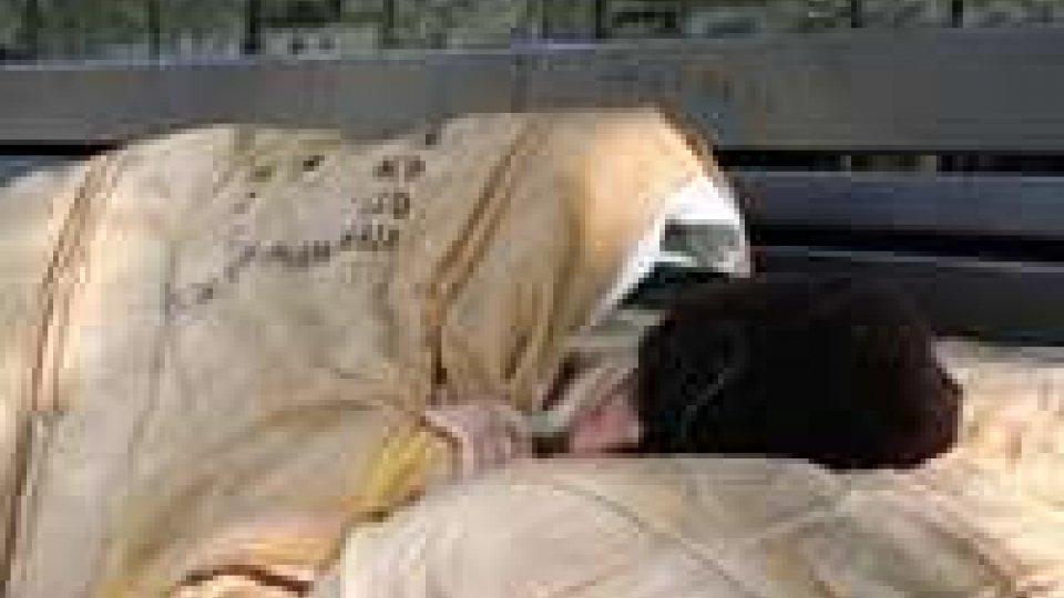 Rimini: clochard si ripara nel magazzino dell'Ospedale, ricoverato
