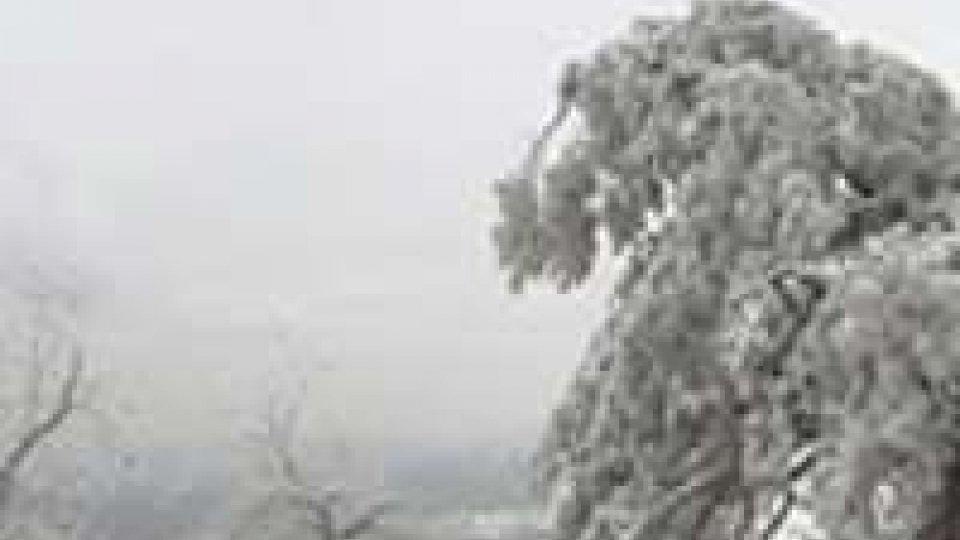Prima neve nella notte a San Marino