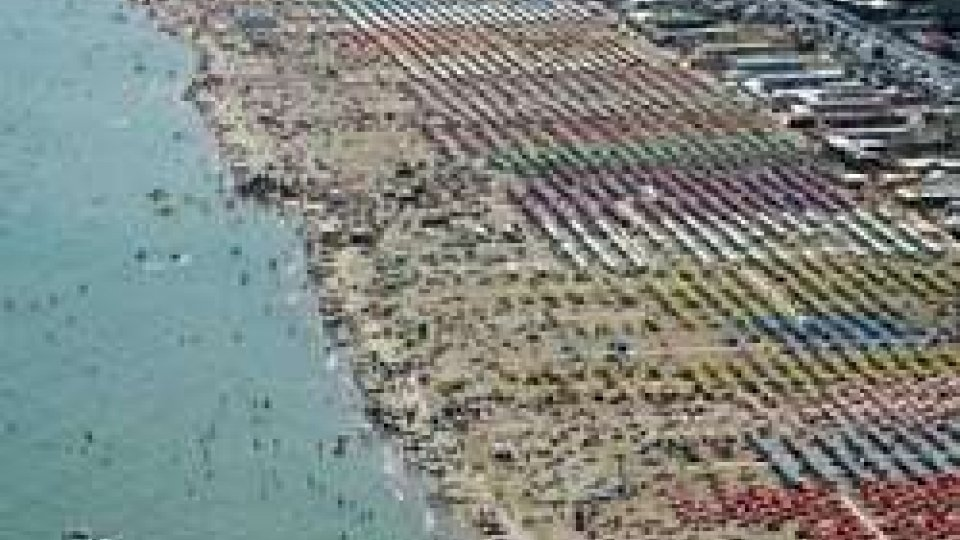Vertice riccionese sul futuro della spiaggia con l'onorevole Tiziano Arlotti e il candidato sindaco Sabrina Vescovi