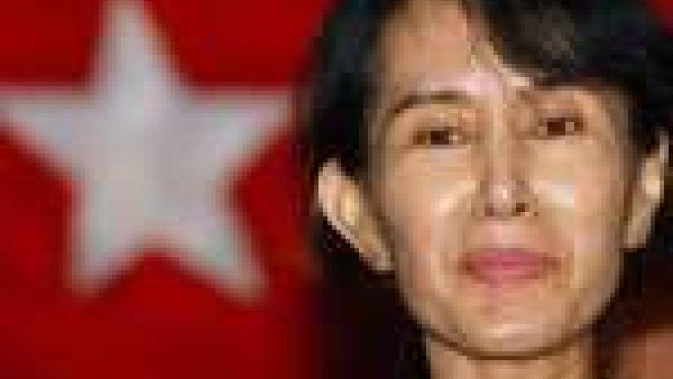 Aung San Suu Kyi potrebbe far parte del nuovo governo Birmano