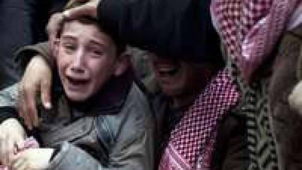Siria: oltre 100.000 morti dall'inizio del conflitto.