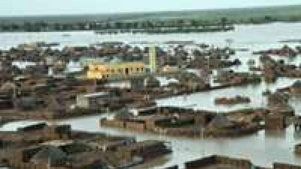 Sudan: morti e sfollati per l'inondazione