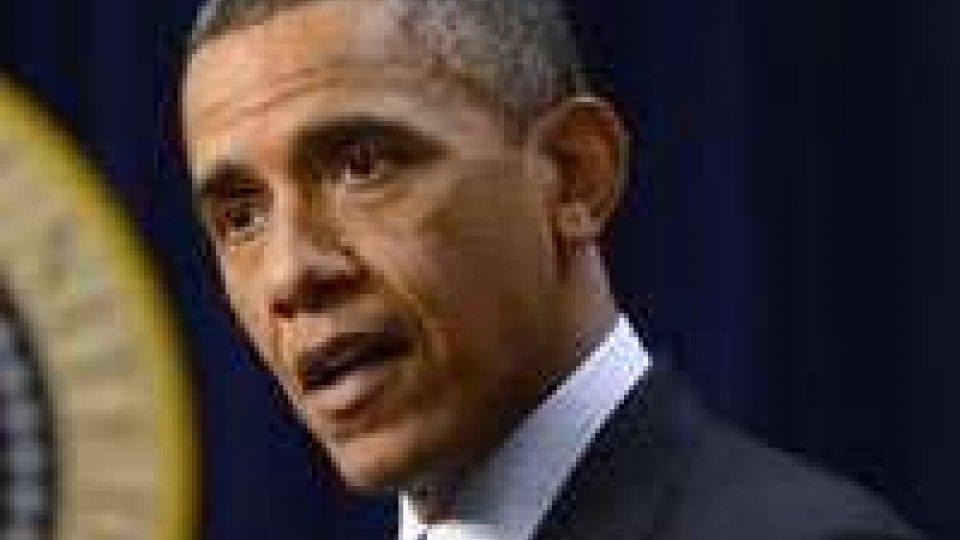 Usa, Obama dalle Hawaii promulga legge su Fiscal cliff