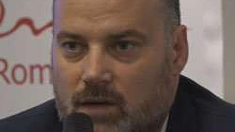 """Fabrizio De Meis in conferenza stampa""""Il Cocoricò non riapre, non ci sono più le condizioni"""""""