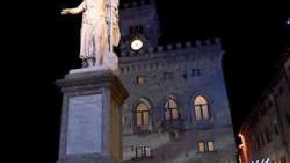 Palazzo Pubblico si illumina di bluSan Marino contro la pena di morte: Palazzo Pubblico si illumina di blu