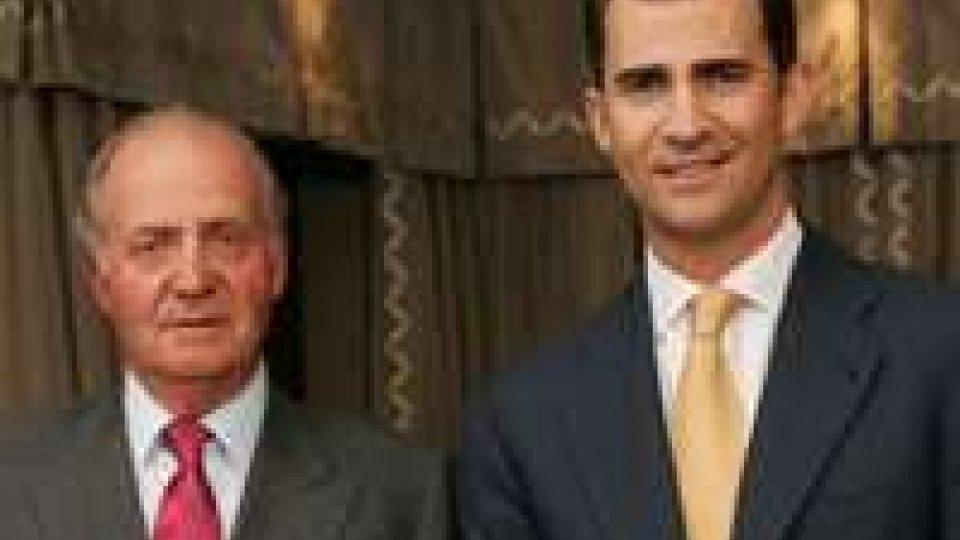 Spagna: re Juan Carlos abdica in favore del figlio Felipe