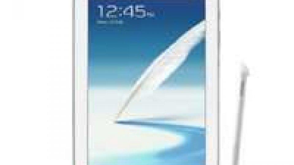 Samsung: gioca d'anticipo a Barcellona, lancia Galaxy Note 8.0