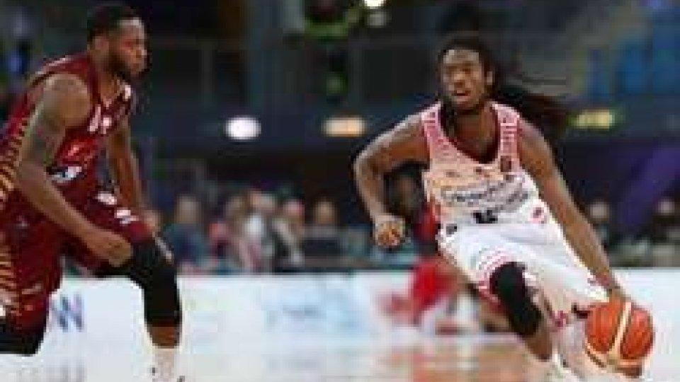 Pesaro-Venezia 84-78Basket: serie A, Pesaro torna alla vittoria