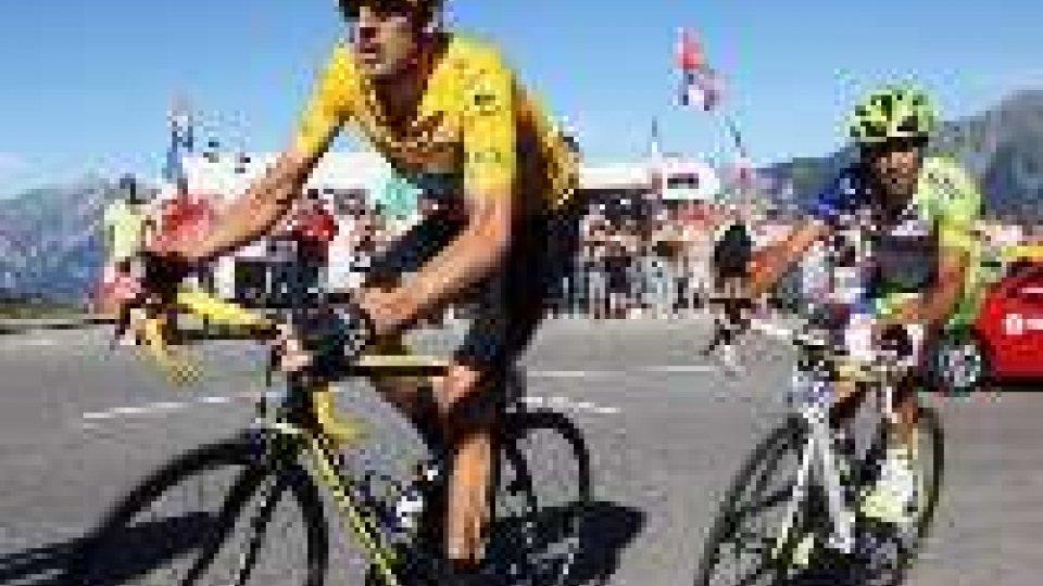 Tour de France: fantastico Nibali, tappa e maglia gialla