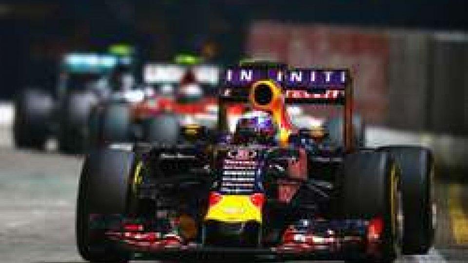 Libere a Singapore: Ricciardo il più veloce